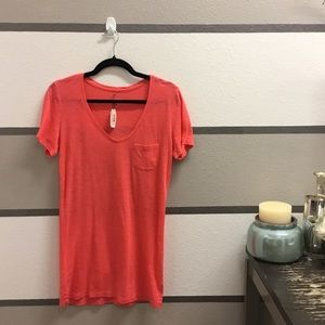 "NWT-Victorias Secret Coral ""Perfect Tee"""